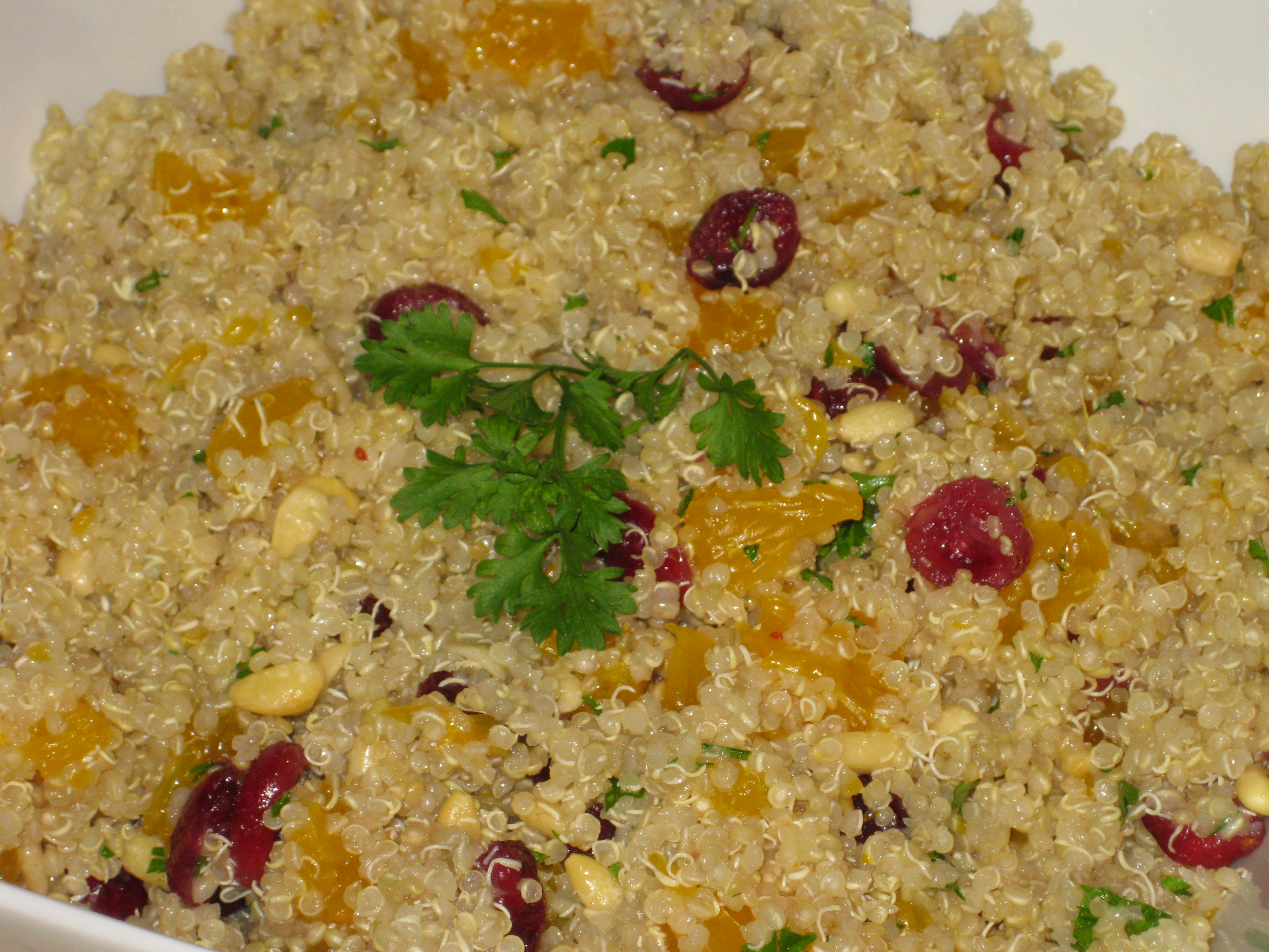 QUINOA SALAD WITH ORANGES AND PINE NUTS
