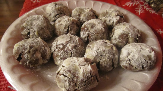 CHOCOLATE ROLO SNOWBALLS